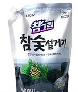 Средство для мытья посуды, овощей и фруктов CJ LION Древесный уголь (мягкая упаковка) 1200мл